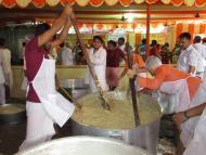 Prasadam to more than 17,000 pilgrims