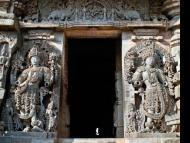 The Reincarnation(s) of Jaya and Vijaya