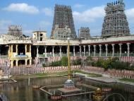 10 Places to See Magnificent South India Temples