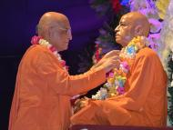 Bhakti Charu Swami departs