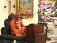 Bhakti Charu Swami Vapu Journey to Mayapur