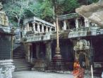 Upper Ahovalam Garuda Stambha.jpg