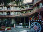 Bombay-Iskcon-temple2.jpg