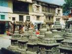 Svayambhu-stupa-shops3.jpg