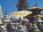 Svayambhu-stupa13.jpg
