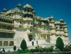 Udaipur-palace1.jpg