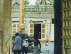 Ulagalandar-temple-entrance.jpg