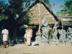 Mahabalipurnam-my-and-skolpure-shop.jpg