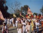 Govardhana Parikrama.jpg