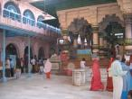Mathura Dvarakadhish temple 001.jpg