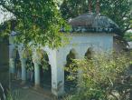 Sanatana-Goswami-samadhi3.jpg