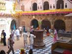 Radha Valabha temple 001.jpg