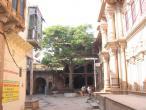 Radha Valabha temple old.jpg