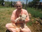Giriraj Swami 09.jpg