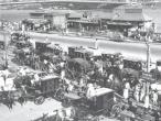 Public transportation Station Howrah bridge 1944.jpg