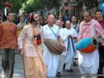 Hanumatpresaka Swami, Harinam in Madrid 09.jpg