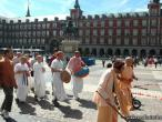 Hanumatpresaka Swami, Harinam in Madrid 14.jpg