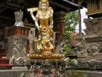 Saraswati statues 10.jpg