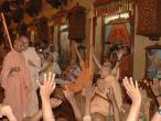 Chowpaty sanyassa initiation014.jpg