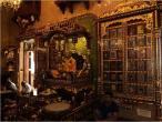 Chowpaty temple 020.jpg