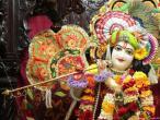 Mumbai Mira road temple 008.jpg