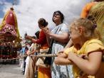 Praha, Hare Krishna Ratha yatra 04.jpg
