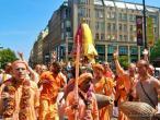 Praha, Hare Krishna Ratha yatra 46.jpg