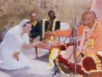 Lokanatha Swami initiation 12.jpg