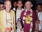 Sridhar Swami with Kavicandra Sw.5.jpg