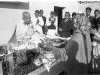 Srila Prabhupada black, white 191.jpg