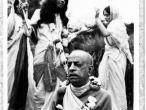 Srila Prabhupada black, white 253.jpg
