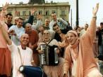 Sacinandana Swami q 102.JPG