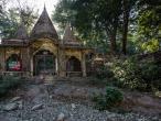 Maharishi Mahesh Yogi's ashram, here stay Beatles 08.jpg