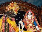 Radha Madhava with garland.jpg