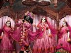Mayapur live 048.jpg