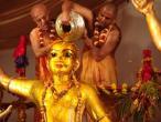 Abhiseka of deities57.jpg