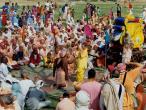 Samudra Sena sees Krishna.jpg