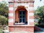 Murari temple front.jpg