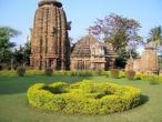 Mukteshwar temple.jpg