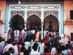 Templo-de-Radha-Damodara.jpg