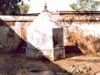 Sanatana-Grantha-samadhi.jpg