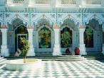 ISKCON Krishna Balarama mandir 16.jpg