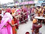 Lathmar Holi at Nandagram 31.jpg