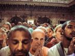 Asesavan with Indradyumna Swami 26.jpg