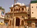 Radha Ramana temple 04.jpg