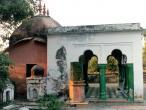 Sanatana Samadhi outside.jpg