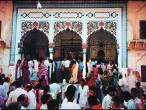 Templo de Radha-Damodara.jpg