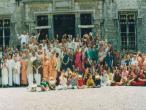 Radhadesh devotees 194.jpg